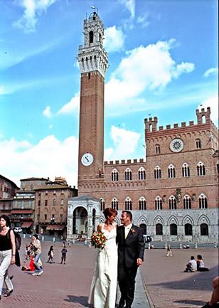 Hochzeitspaar in Siena